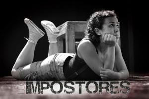 Sara Álvarez en el papel de la Hija. Los Impostores de QY Bazo